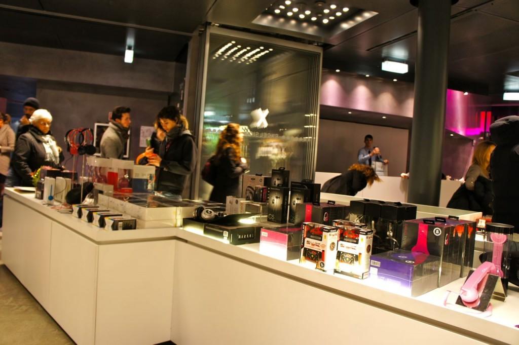 Nova concept store em mil o excelsior milano voali for Tiffany excelsior milano