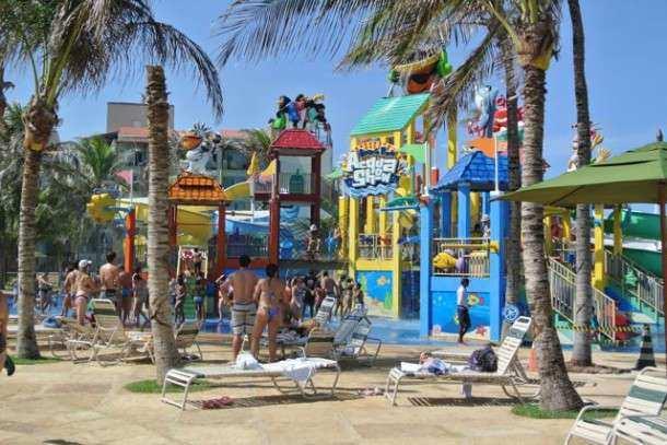 Beach park pequenos acqua show