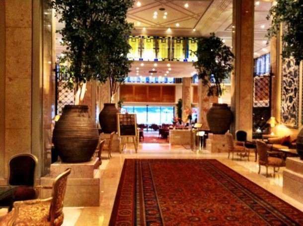 Istambul ciragan lobby1