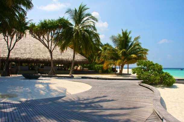 Maldivas hotel 01