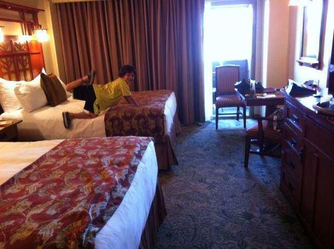 Disney hotel 4