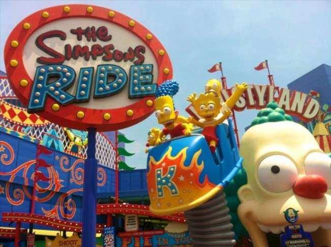 CA Universal Atracao Simpson