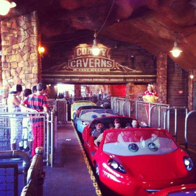 CA Disney Carros Racers