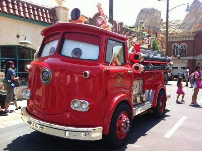 CA Disney Carros bombeiro
