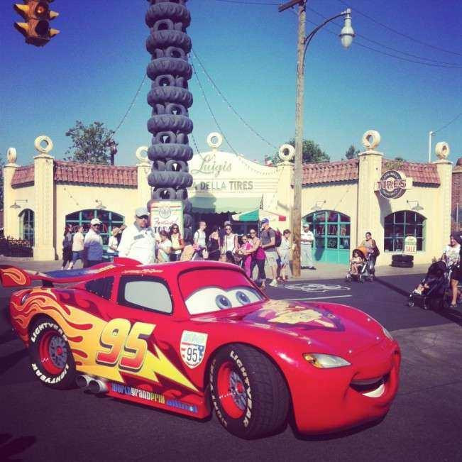 CA Disney Carros dia