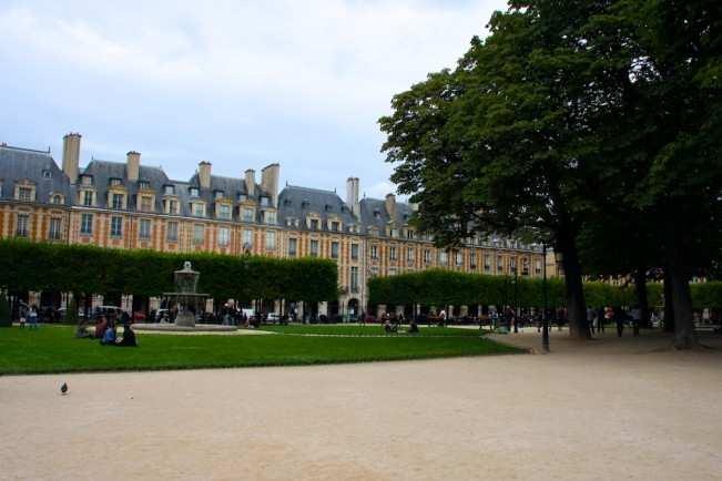 Paris Hotel 8
