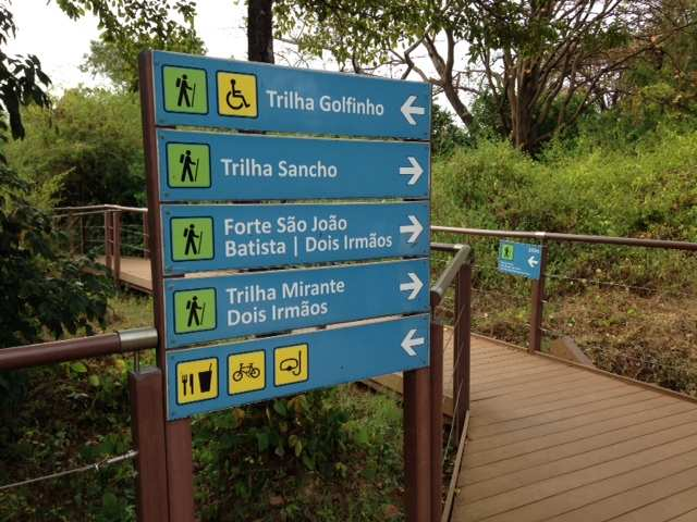 Noronha Trilha Sancho 1