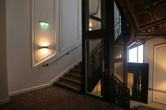 Paris Hotel Marignan  11