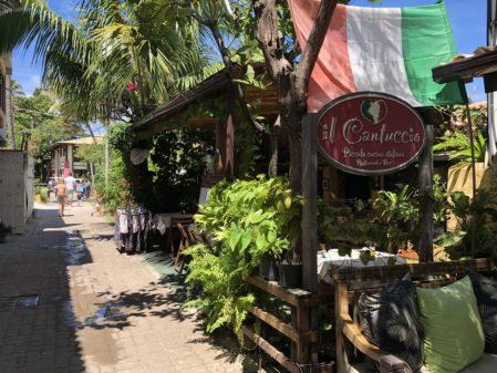 Melhores restaurantes da Praia do Forte - Bahia: onde comer