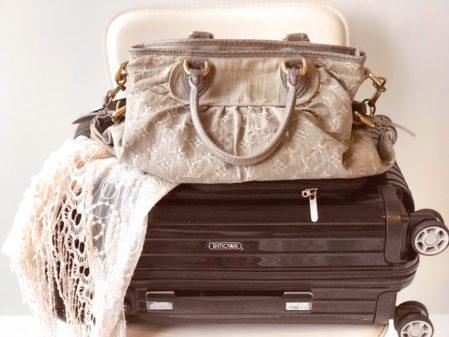 Como arrumar a mala de viagem: dicas do que levar