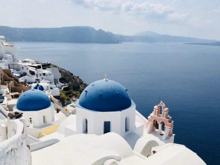 Onde ficar em Santorini: melhores hotéis e regiões